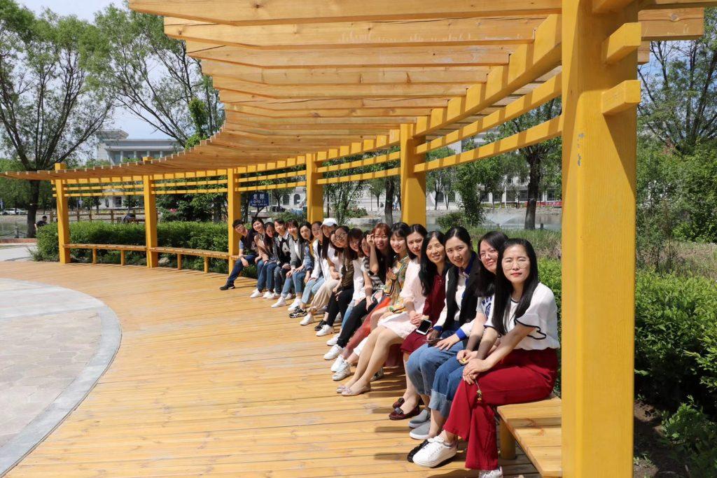 사본 -Prof. Yang and her Ph.D and MA. students